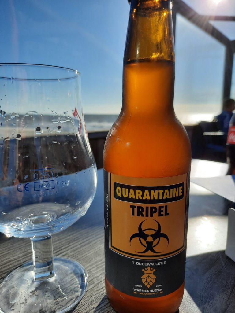 Genieten van de quarantaine tripel met genoeg ruimte om je heen aan het noord hollandse strand